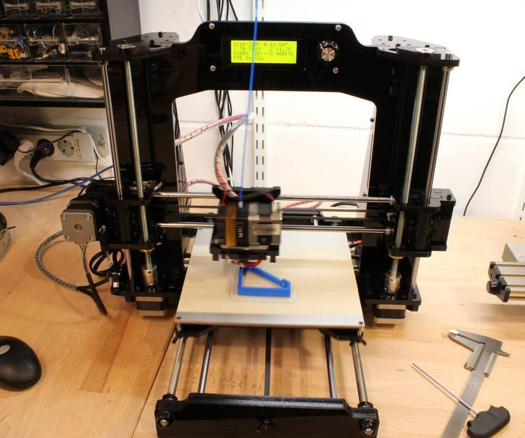 Prusa-Drucker bei der Arbeit